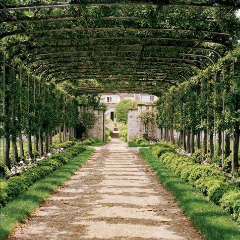 Bunny Mellon's garden in Virginia