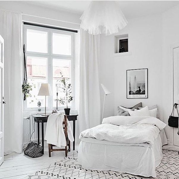 White bedroom --> Interior Pinterest: @FlorrieMorrie00 Instagram: @flxxr_