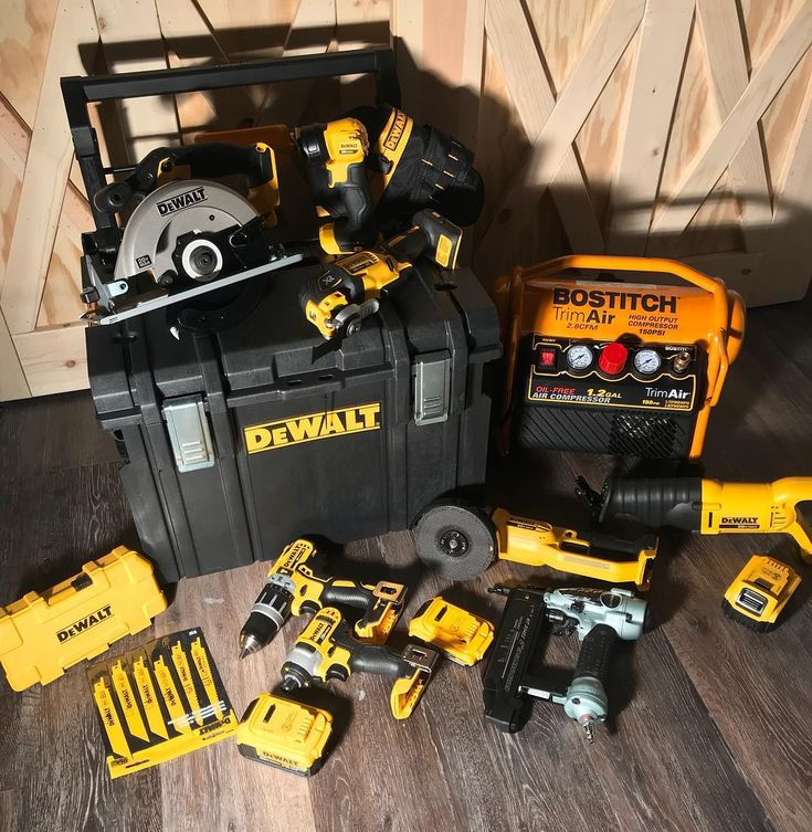It was the best type of Christmas.... A TOOL CHRISTMAS. Loving this @dewalttough set @hitachipowertoolsusa nailer and @bostitchtools compressor. Working is about to get a whole lot faster and more fun. None of this would be possible without our beautiful families. #carpentry #tools #dewalt #dewalttough #construction #builder #woodwork_feature #barndoor #farmhouse #farmhousestyle #renovate #remodel #remodeling #drill #compressor #grinder #reciprocatingsaw #circularsaw #dwtough…