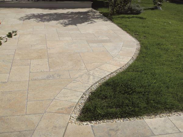 Naturstein Platte Travertin Beige Fur Den Aussenbereich Bodenbelag Terrasse Terrassenbelag Bodenplatten