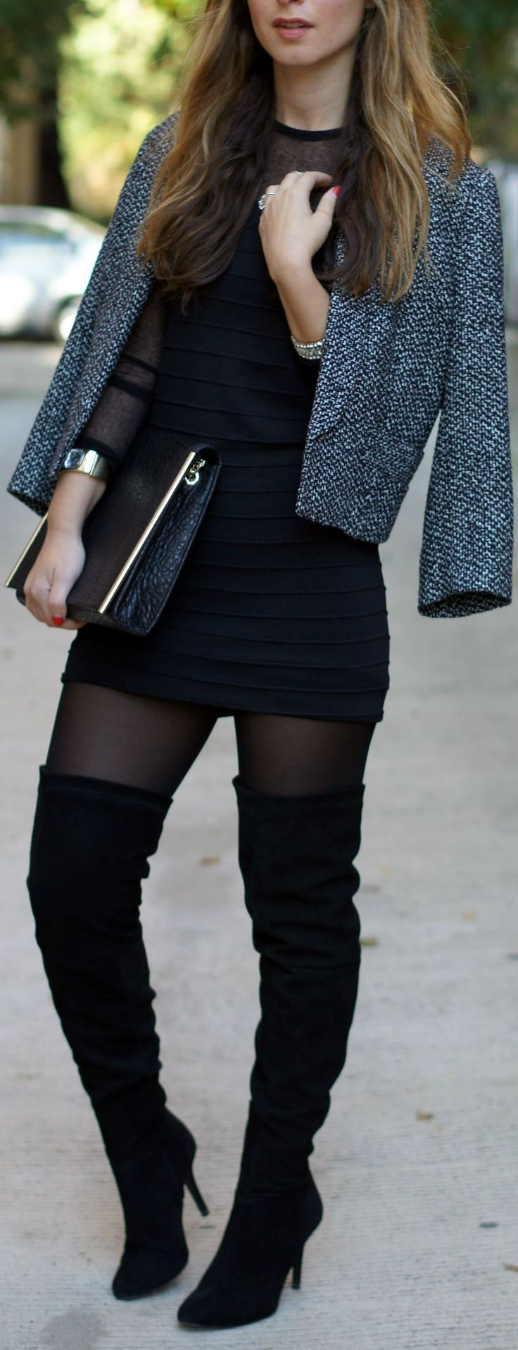 plain outfits with black knee boots