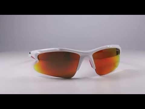 R2 AT040 C napszemüveg (cat. 3, 0, 0). keretét polikarbonátból készítették. A legtöbb sport napszemüveg és sí szemüveg keretét polikarbonátból gyártják értékes tulajdonságai miatt. Ez egy rendkívül kemény, hőre lágyuló, könnyű és ütésálló anyag. A keret színe: fényes, fehér színű. OLVASS TOVÁBB!