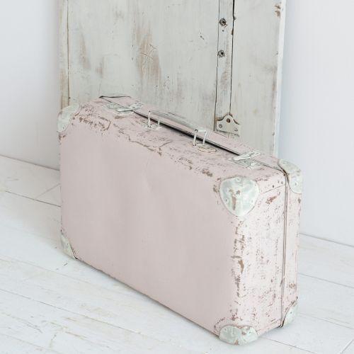 AGNIESZKA KRAWCZYK - Walizka Shabby Pink & Grey. Drugie życie uroczej walizki to pastelowy, różowo - szary look :-)