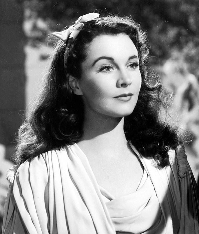"""The gorgeous Vivien Leigh in """"That Hamilton Woman,"""". 1941 movie set in the 18th century."""