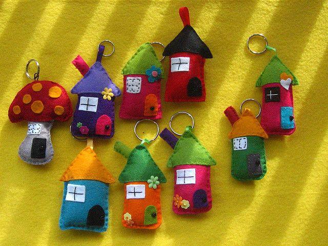 https://flic.kr/p/5Rq2Fq | Porta-chaves (Porte-cles) | casinhas  petites maisons