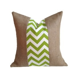 Charlotte Pillow I in Green
