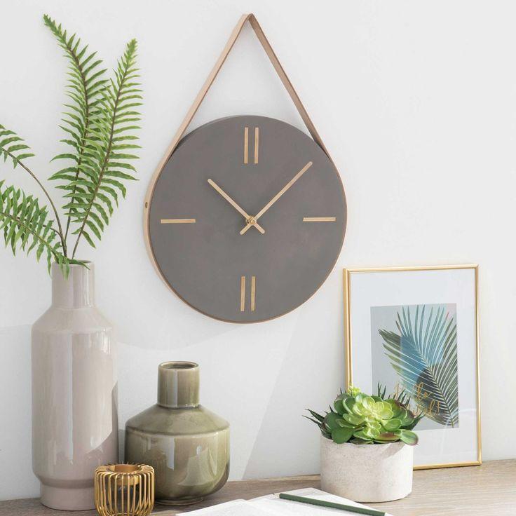 cdn.maisonsdumonde.com img horloge-en-ciment-et-cuir-de-vache-dania-1000-7-0-168018_5.jpg