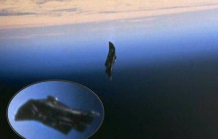 Black_Knight_Satellite2
