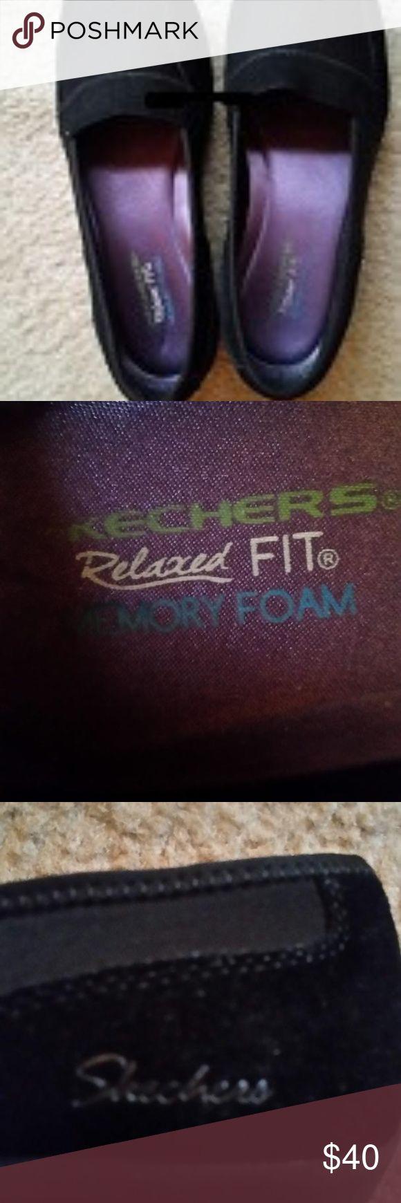 Black Skechers Memory Foam Shoes Black dress/causal, Skechers Memory Foam Relaxed Fit Shoes. Look brand new. Skechers Shoes Flats & Loafers