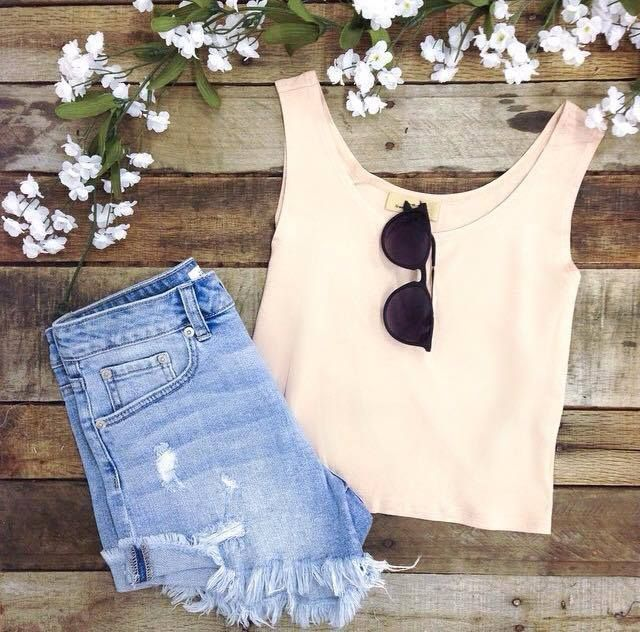 Best little crop top you'll ever own! This adorable top is available at Apricot Lane Peoria, Apricot Lane Normal, Apricot Lane Champaign and on our online website! Call (309) 691-2230 to place a phone order we SHIP!