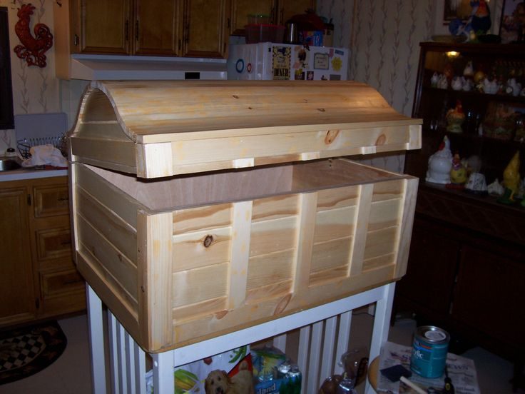how to build a treasure chest