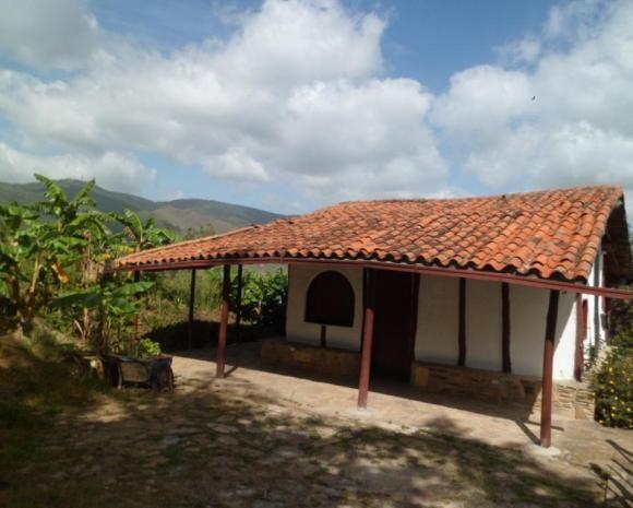 117 best images about casas de bahareque on pinterest - Casas con porche ...