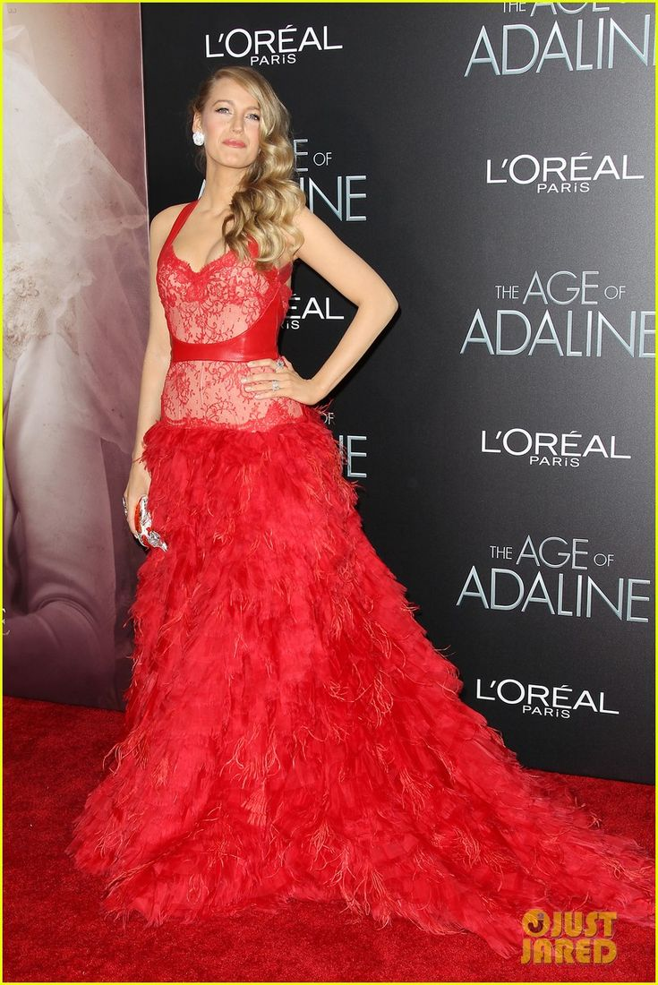 blake lively age of adaline premiere 01 Blake Lively brings along her mother Elaine and brother Eric to the premiere of her film The Age of Adaline held at the AMC Loews Lincoln Square 13 Theater on Sunday…