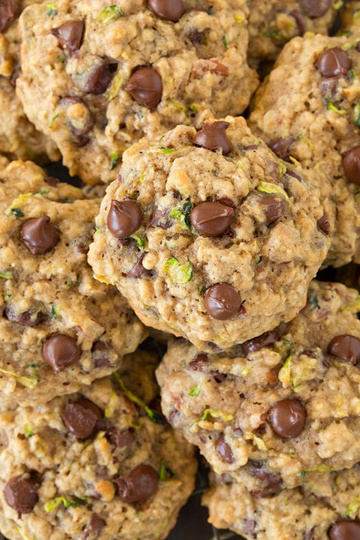Zucchini Oat Chocolate Chip Cookies - is there a better way to use zucchini than for cookies? These are AMAZING!!
