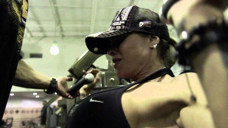 Larissa Reis & Cris Cyborg Shoulders Workout with Sergio Fdez Speziaiced...