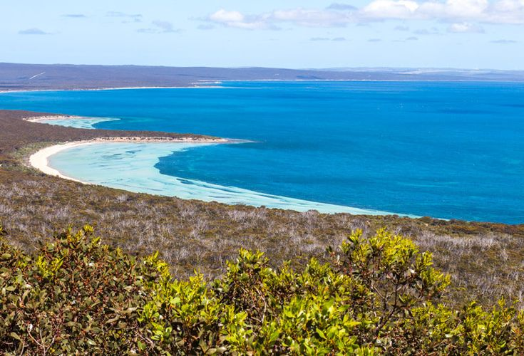 Stamford Hill is a great short walk in the Lincoln National Park. Port Lincoln is a must stop on your road trip with kids in South Australia. Click to read more tips on things to do on the Eyre Peninsula