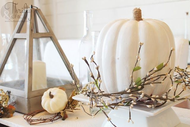 White Fall Tablescape and easy decorating ideas: Dining Rooms, Decor Ideas, Fall Decor, Decorating Ideas, Fall Halloween, Ideas Dotandboautumn, White Fall, White Pumpkin, Diy White Thanksgiving Decor