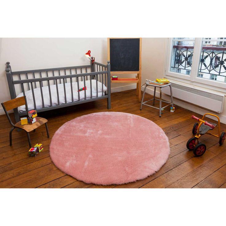 17 meilleures images propos de pour a l et baby girl sur pinterest fauteuils rockers et b b - Tapis fausse fourrure rose ...