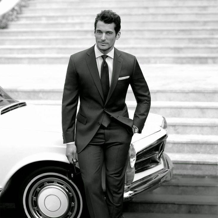 относится фото стильный мужчина и машина нет