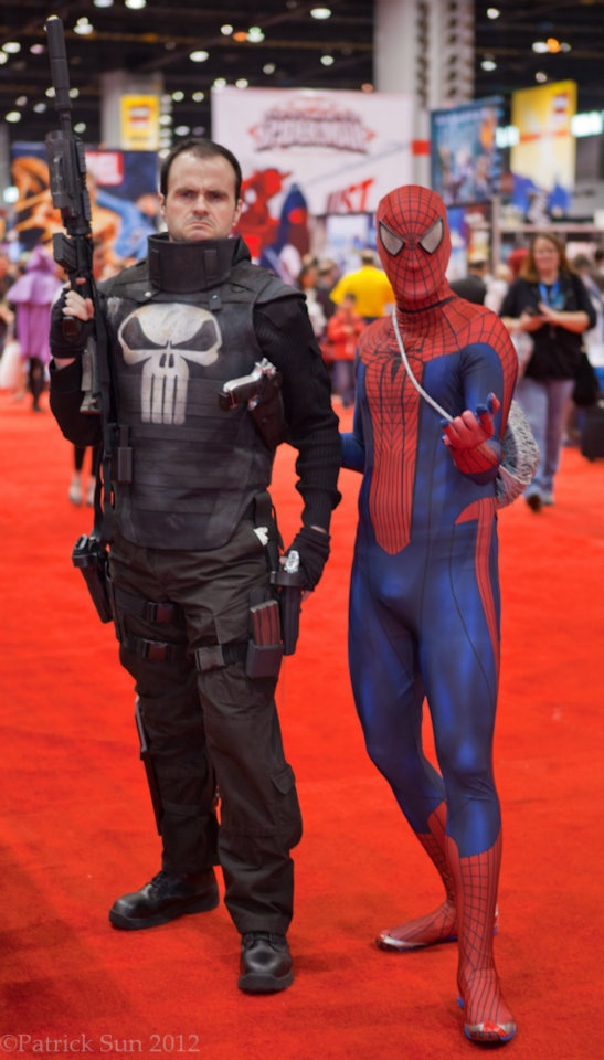 Punisher & Amazing SpiderMan....awesome punisher costume