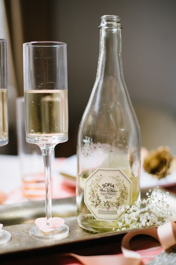This is a great example of tucking in a little bit of Baby's Breath here and there to create an overall look. Small flowers really can make a bit statement! Baby's Breath is a very popular wedding flower and can be found year-round at GrowersBox.com.Bubbles Glasses, Champagne Glasses, Drinks Wine, Cheer Champagne, Champagne Drinks, Wine Glass, Plum Pretty, Pretty Sugar, White Wine