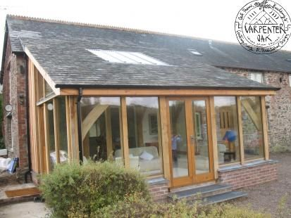 Lean-to conservatory to a Devon barn