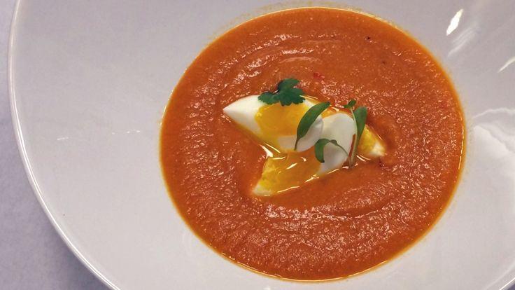 Sunn suppe med gulrøtter, kikerter, ingefær, urter og limesaft fra Ane Kjerstine Sandstad i radioprogrammet Brønsj.