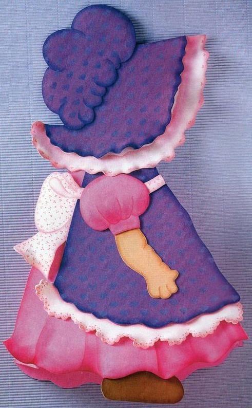 Compartir en WhatsAppMuñeca de Goma EVA para guardar el pijama. (adsbygoogle = window.adsbygoogle || []).push({}); *Materiales: -Tijera -Pistola encoladora -Plancha -Bolita de vidrio grande -Pinceles: angular y linner -Colorante en polvo para pétalos rosa -Stencil de corazones -Recorte de cinta -Goma EVA: Lisa: lila, blanca, rosa, piel y marrón Acrílicos: Violeta, rosa, rosa oscuro, celeste,...