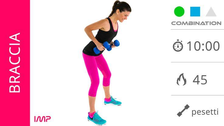 mini allenamento con esercizi per tonificare le braccia con i pesetti