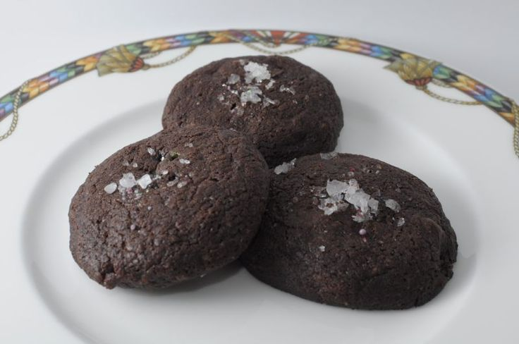 Biscotti al doppio cioccolato e menta piperita (da Un americana in cucina)