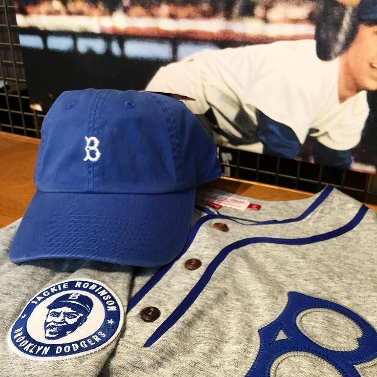 You can find @yankees and @mets apparel in the city but where are you going to find Brooklyn Dodger gear? The Sport Gallery. Not only do we carry other major teams but we have the classics. Stop by today to check the incredible detail on this @mitchellness Jackie Robinson tee not to mention our @americanneedle hat that everybody seems to love! . . . . #jackierobinson #42 #mitchellandness #classic #oldschool #throwback #nyc #nycsports #legend #baseball #americanneedle #thegreatest
