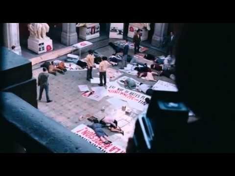 Tlatelolco - Verano del 68 - Completa  Para los interesados en la historia de las protestas estudiantiles en 1968 y sobre la masacre en Tlatelolco. Es la película entera en YouTube.