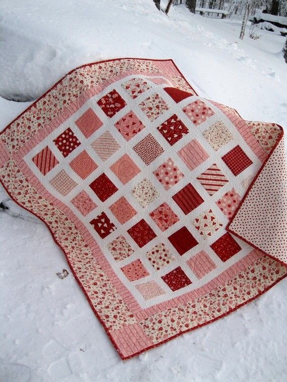 valentine quilt - like how they quilted different hearts in the blocks