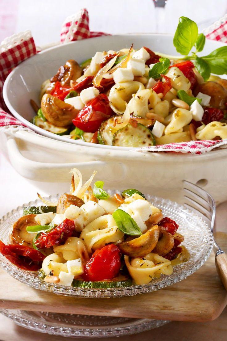 Italienischer Tortellini Salat Rezept   LECKER in 15 ...