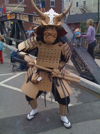 cardboard samurai, cool.