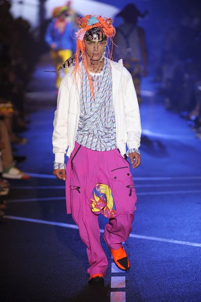 John Galliano, Summer 2009-Menswear,Look 1