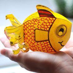 """Résultat de recherche d'images pour """"les minion hawaii avec des rouleaux papier toilette"""""""
