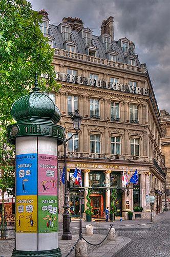 Hôtel du Louvre, Paris I