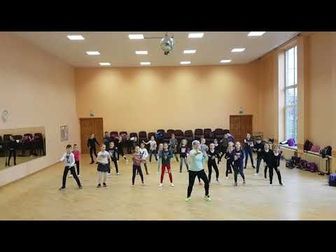 Dance Tips - Video :  Luis Fonsi Demi Lovato - Echame La Culpa - Zumba kids  Luis Fonsi Demi Lovato – Echame La Culpa – Zumba kids  Video  Description Ch – LM  #Videos https://fitnessmag.tn/videos/dance-tips-video-luis-fonsi-demi-lovato-echame-la-culpa-zumba-kids/