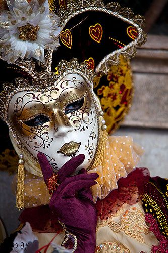 Carnevale di Venezia ══════════════════════  BIJOUX  DE GABY-FEERIE   ☞ http://gabyfeeriefr.tumblr.com/ ✏✏✏✏✏✏✏✏✏✏✏✏✏✏✏✏ ARTS ET PEINTURES - ARTS AND PAINTINGS  ☞ https://fr.pinterest.com/JeanfbJf/pin-peintres-painters-index/ ══════════════════════