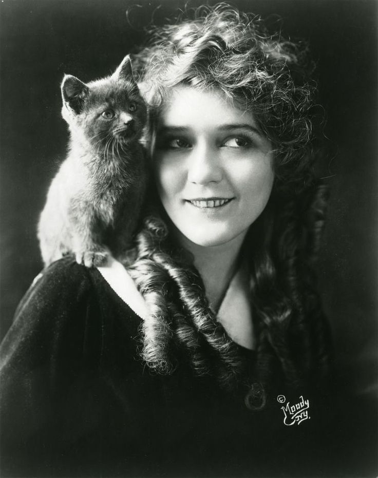 MARY pickford::::