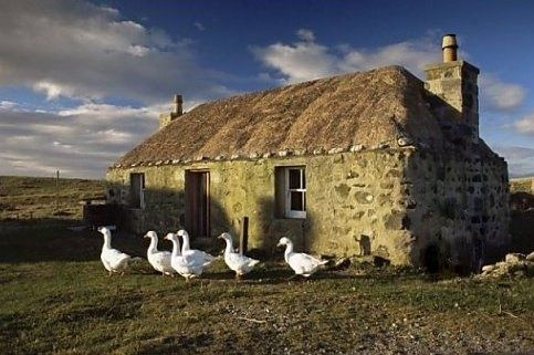 photos of cottages in scotland | ... cottage in South Uist Outer, Scotland ... | English Cottages