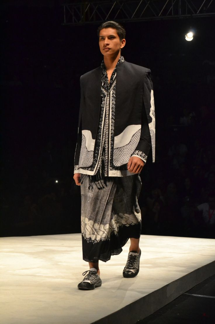 Back To Nature: De'Youl Batik by Juli Harjanto