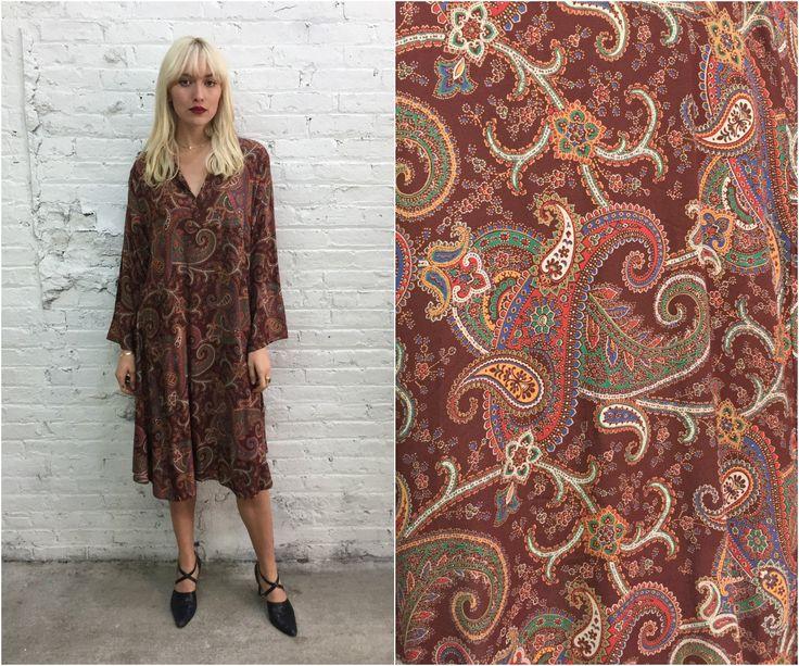 70s paisley print tent dress / neutral tone brown trapeze dress / festival dress / maternity dress by dustyrosevintage on Etsy