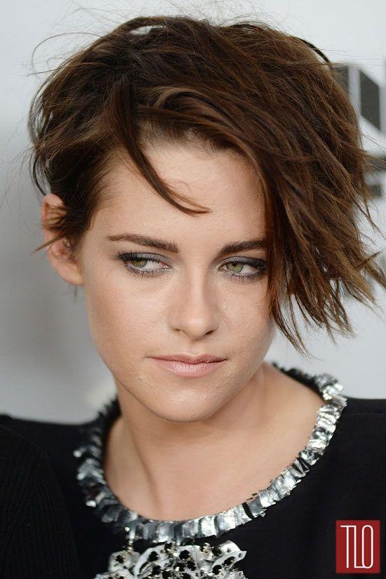 SMOKY gris et teint nude - Kristen Stewart -
