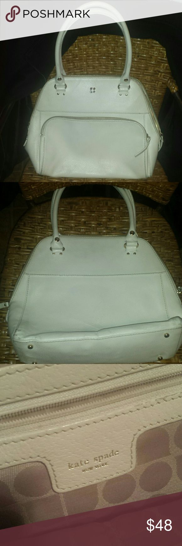 **White KATE SPADE tote** Lovely and right on time for springy spring spring, White Kate Spade tote. Only used a couple of times and in most excellent condition. Inside lining is like brand new!* Thank you for looking !* French Connection Pants