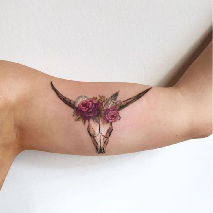 floral longhorn skull tattoo by amanda wachob.