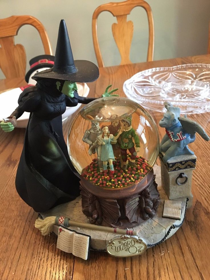 Wizard of Oz Musical Water/Snow Globe Wicked Witch with Crystal Ball | eBay