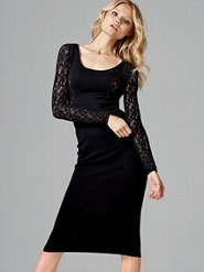 Love this!!!  Sexy little black dress.