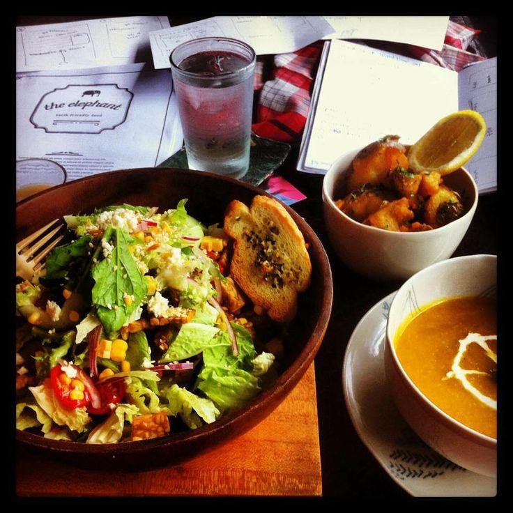 #vegan #pumpkin and #coconut #soup at The Elephant #vegetarian #restaurant #ubud #bali - #veganfood #veganfoodshare #vegansoup #vegetarianrestaurant